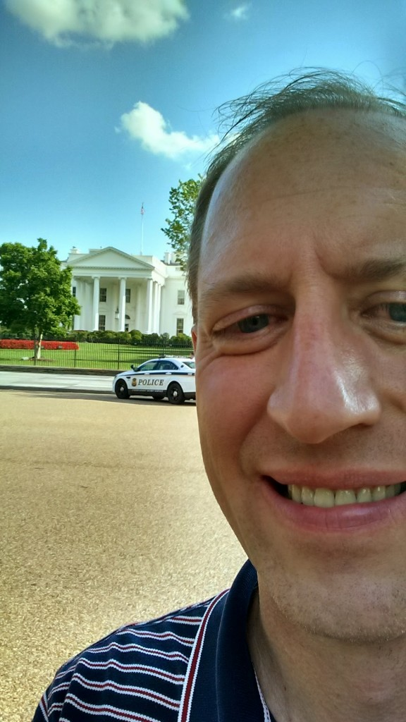 Selfie with The White House